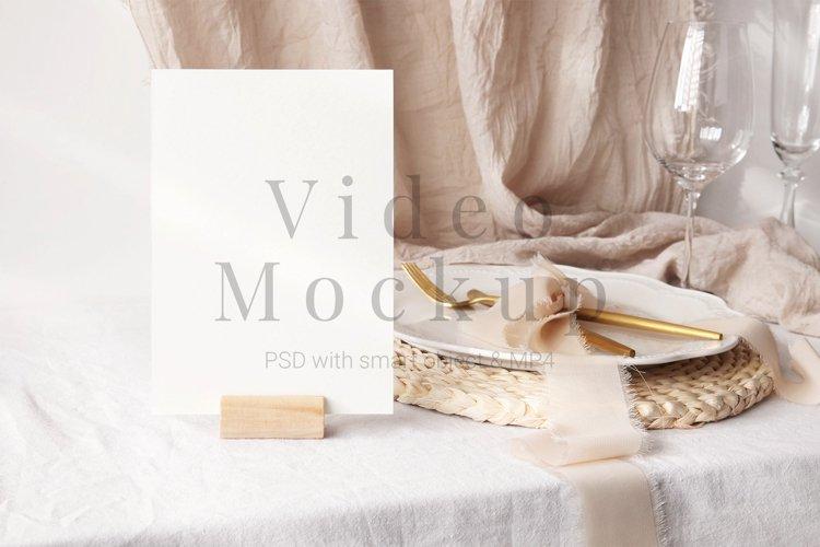 Video Mockup Card 5x7 PSD,MP4,4K