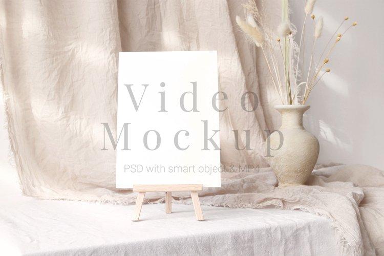 Video mockup card 5x7 PSD & MP4